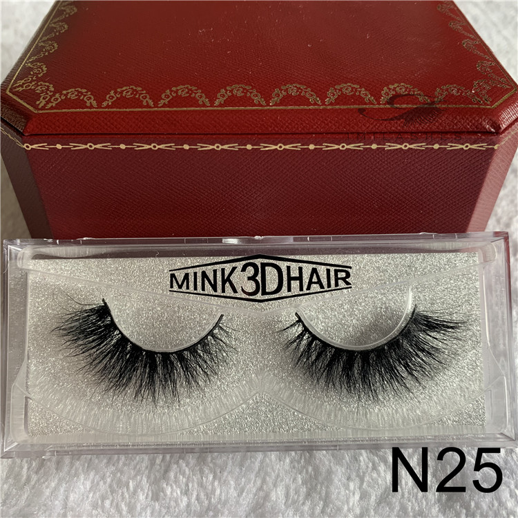 Wholesale full set 100 3D mink fur eyelashes.jpg
