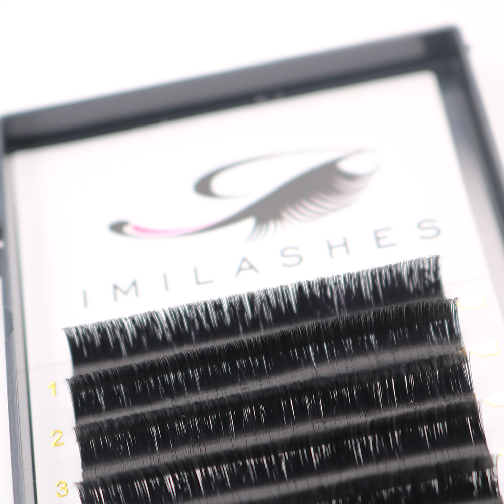 private-label-blooming-eyelashes.JPG